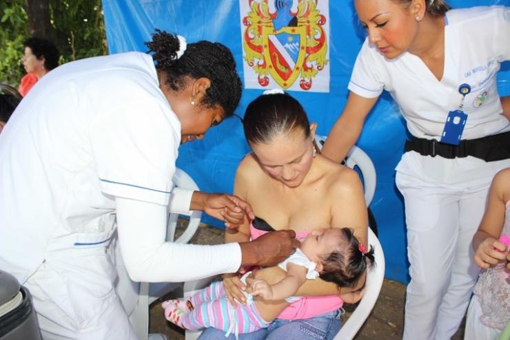 ESE Carmen Emilia Ospina, realizó primera jornada de vacunación 2016