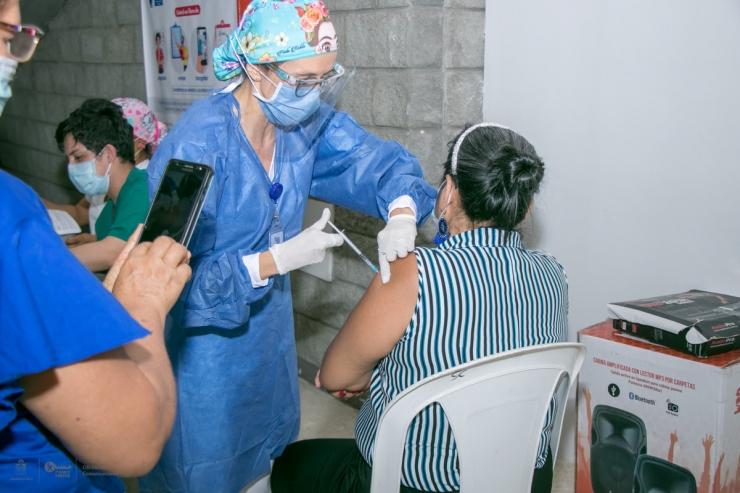 Población Del Régimen Contributivo Asiste Más Que El Subsidiado A Vacunarse Contra El Covid-19