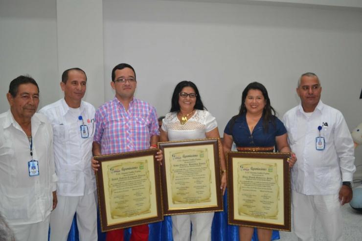 Asociación de usuarios y Alianza de usuarios entregaron reconocimientos a funcionarios de la ESE