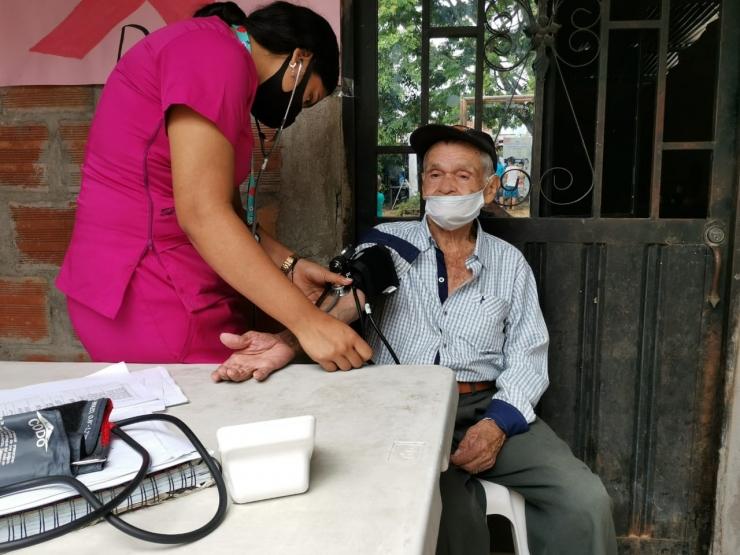 Se reactivan brigadas de salud en comunas de Neiva